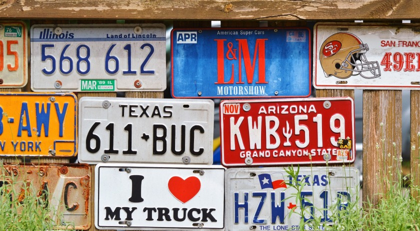 license-plate-2438214_1920